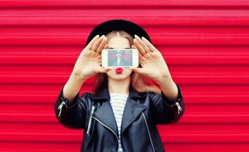 Digital Narcissism and the Endless Search for the Self