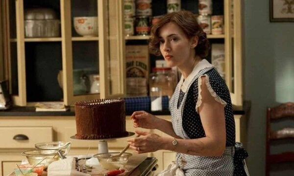 A scene from Mildred Pierce.