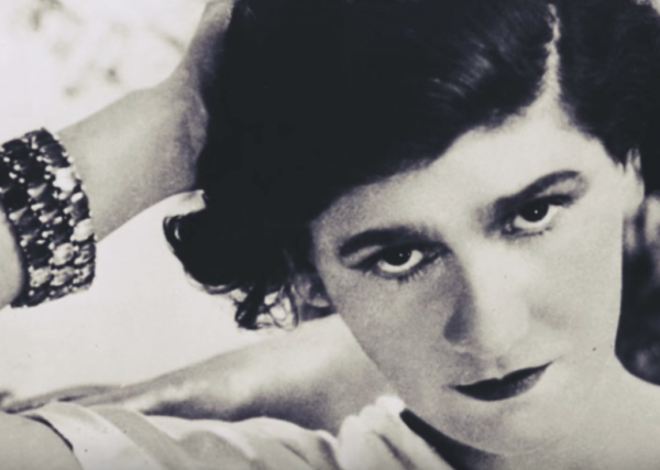Coco Chanel: Biography of a Symbol of Elegance