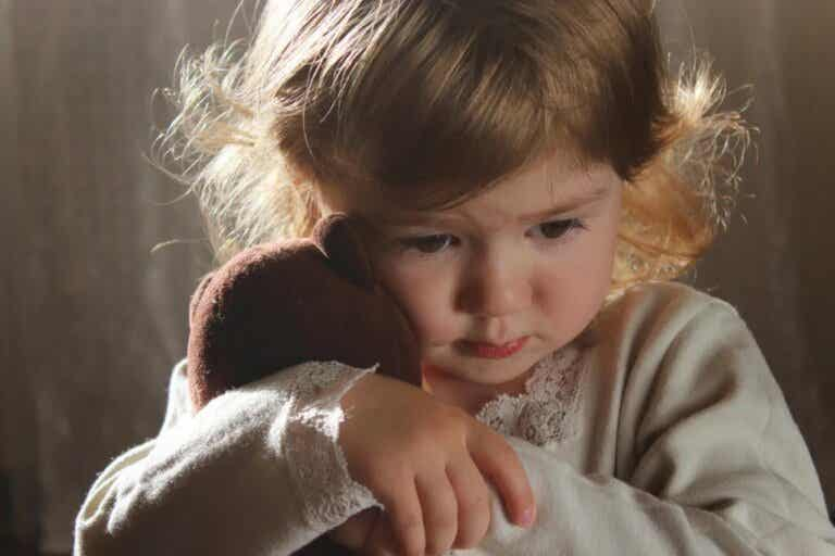 Childhood Experiences Modify the Brain