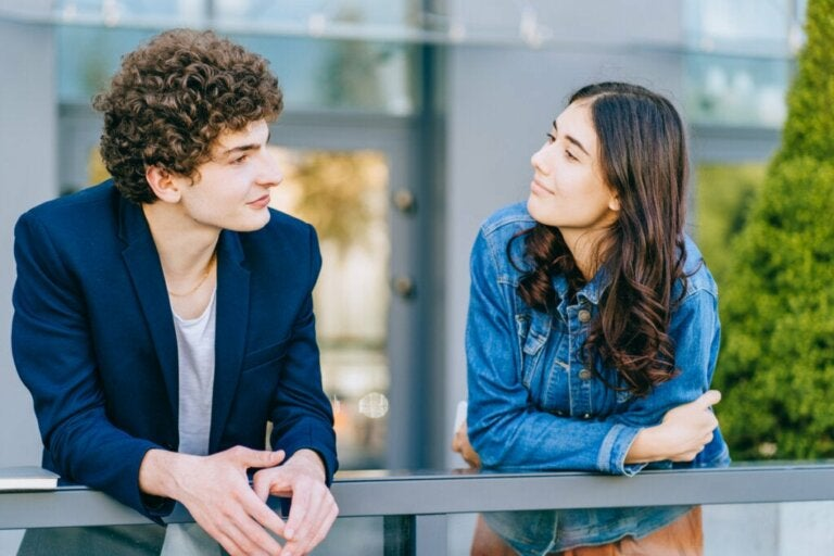 Talking to Strangers is Good for your Brain