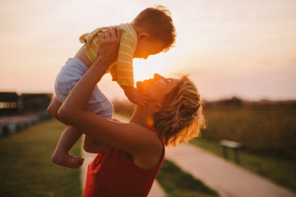 Ten Helpful Tips for Being a Good Mother