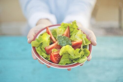Intuitive Eating, What is it and What are its Benefits?