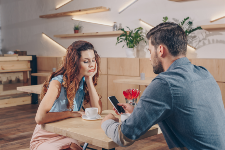 What Can You Do if Your Partner Looks More at Their Mobile Than at You?