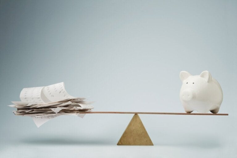 Debtors and Savers, Here's What Science Has to Say About Them